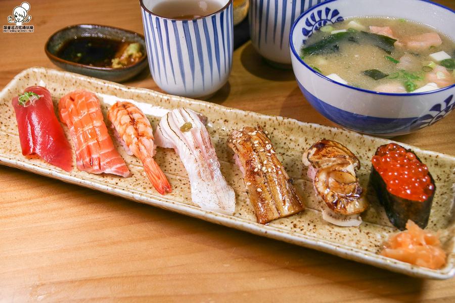 高雄日本料理 丼飯 生魚片 壽司 創意料理 無菜單-9646.jpg