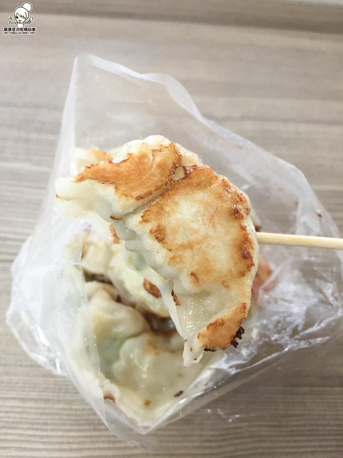 金鳳水煎餃 (9 - 11).jpg