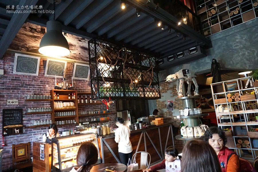 麓琦咖啡道  神農店 高雄早午餐09 .jpg