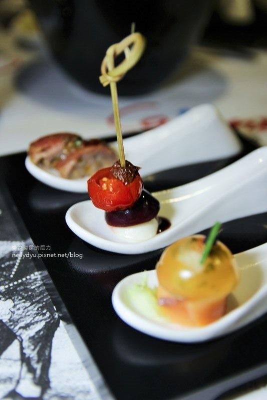 凱恩斯岩燒餐廳  高雄巨蛋店08.JPG