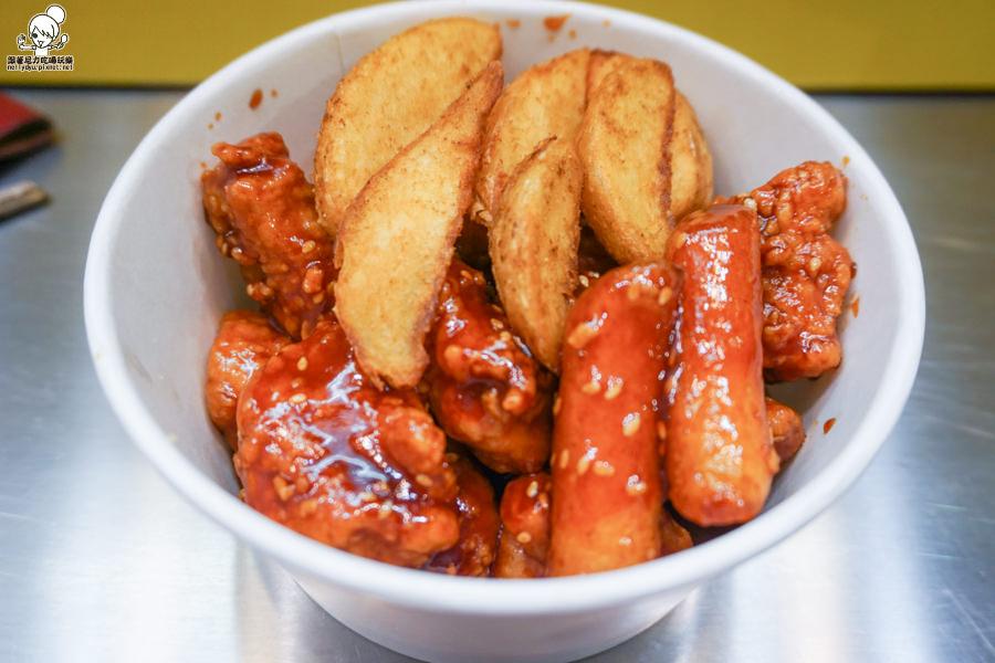 高雄美食 韓式料理 韓式炸雞 韓國路邊攤 好吃 炸物 宵夜 晚餐