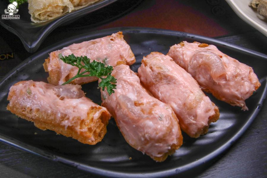 聞雞起爐 港式麻辣雞煲火鍋 高雄火鍋 聚餐 吃火鍋 好吃 美食 港式火鍋
