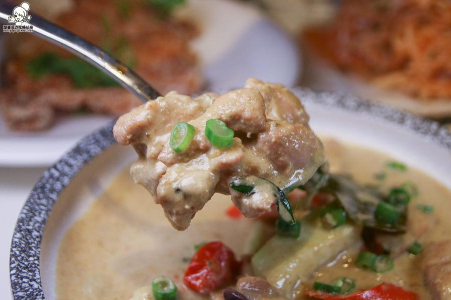 高雄泰式料理 泰式 泰國料理 家樂福 開胃 酸辣
