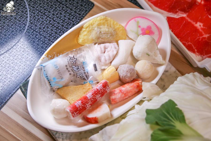 菊野日式涮涮鍋 火鍋 鍋物 高雄 美食 必吃 大盤肉 肉好多 新鮮 湯頭好