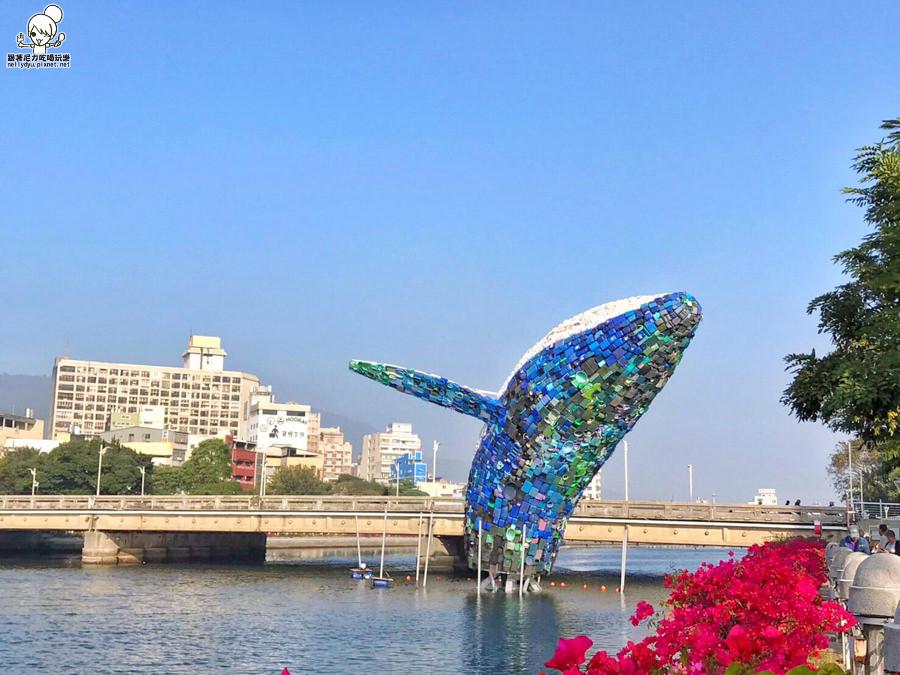 高雄景點 愛河 高雄旅遊 打卡熱點 IG熱點 好拍 愛之鯨