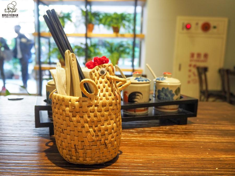 泰泰餐桌 泰國美食 泰國料理 清邁 網美 好拍 高雄
