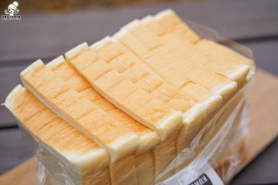 好吃麵包 必買 巷弄美食 高雄麵包 生吐司 甜點 蛋糕 麵包 人氣