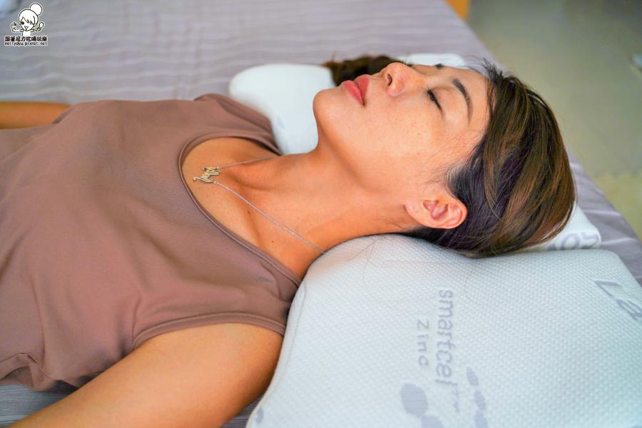 旅行枕 枕頭 記憶枕 隨身攜帶 舒適 好眠 好睡 睡眠 hola 改善 緩解
