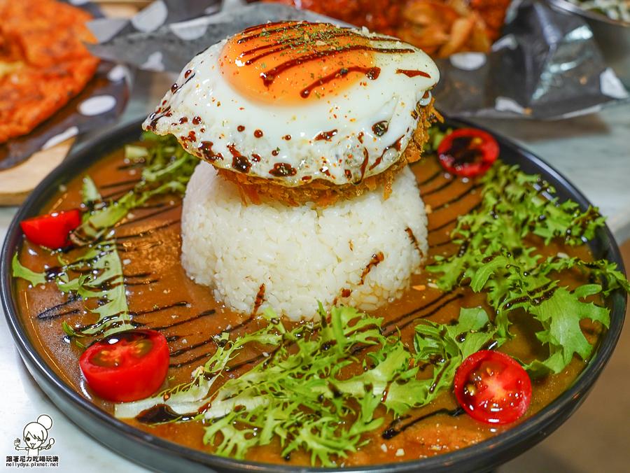 KATZ卡司複合式餐廳 韓式料理 韓式炸雞 聚餐 約會 慶生 文化中心 高雄必吃 啤酒 套餐 打卡送