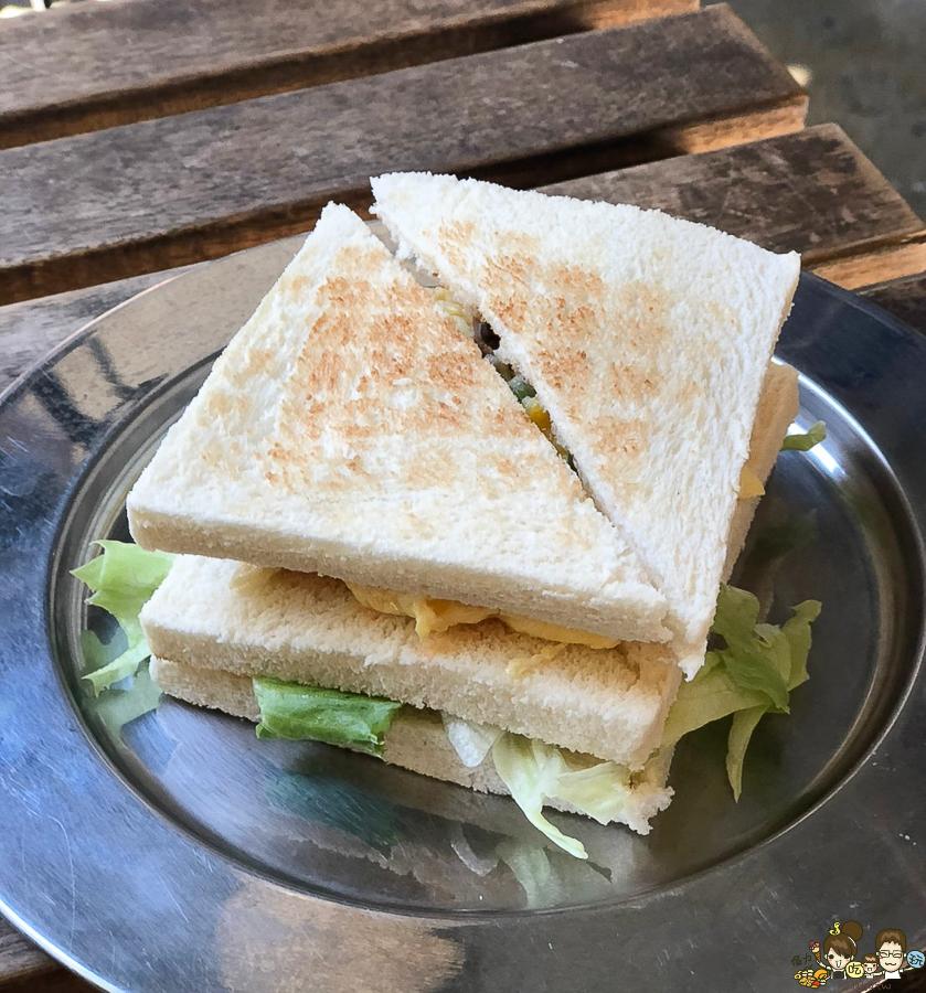 鹽埕美食 早午餐 小吃 沙拉 三明治 好吃 巷弄美食 必吃