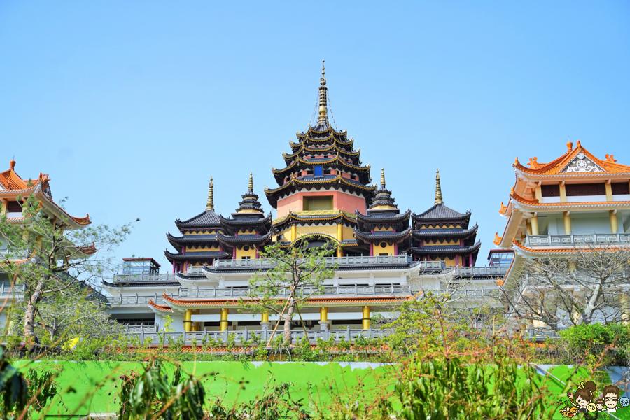 楠西萬佛寺|台南旅遊景點、台版吳哥窟.免費玩樂 台南好玩 親子 踏青 旅遊