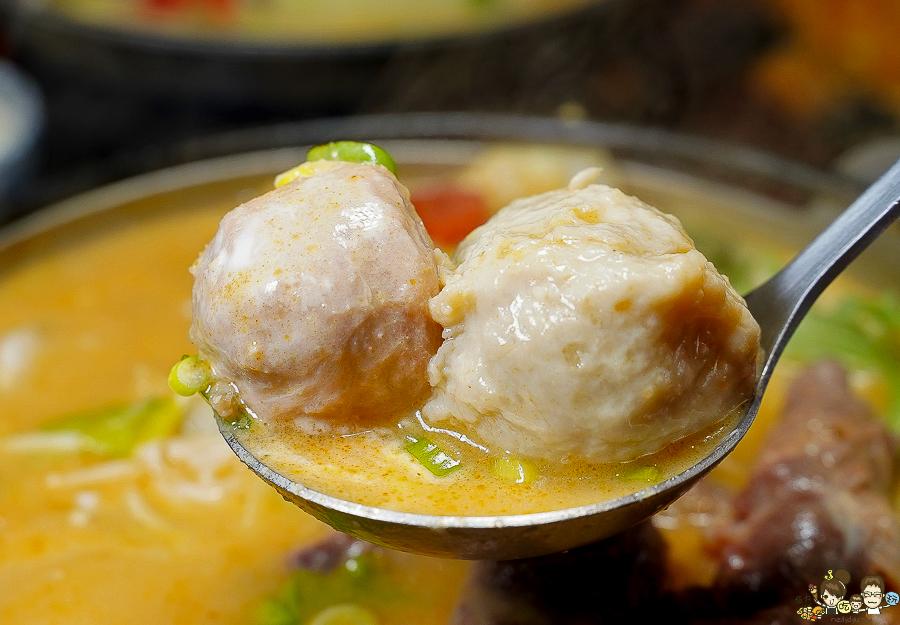 個人鍋 鍋物 百元鍋物 好吃 必吃 小二春 鼎中 推薦 炸物 湯頭 濃郁 外帶